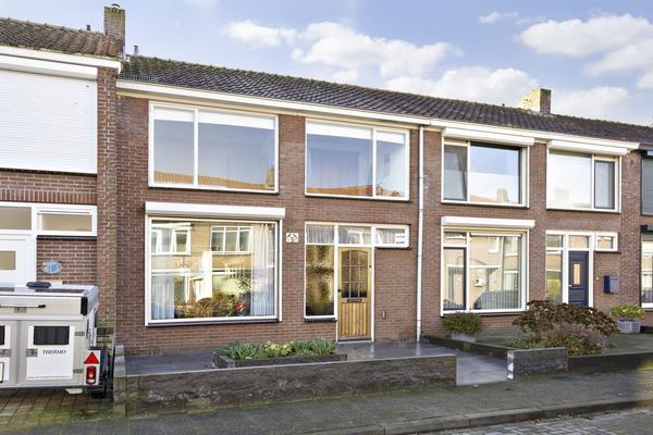 Sint Amandusstraat 5 in Oosterhout 4902 XP
