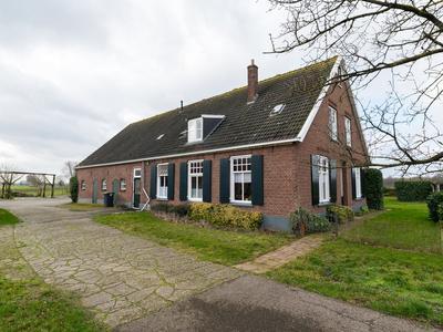 Kasteelweg 3 En 3A in Sinderen 7065 AX