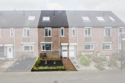 Hendrika Van Tussenbroekstraat 4 in Gorinchem 4207 JK