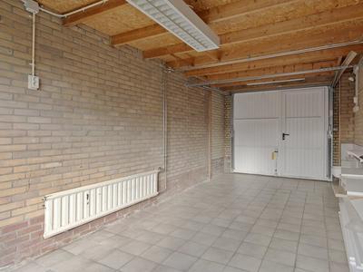 Aukemastraat 39 in Roden 9301 CK