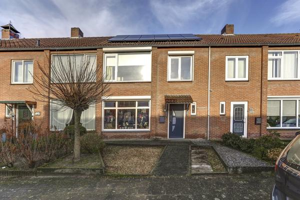 Spechtstraat 32 in Zundert 4881 WX
