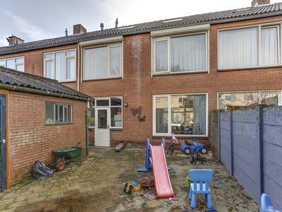 Spechtstraat 32 in Zundert 4881 WX