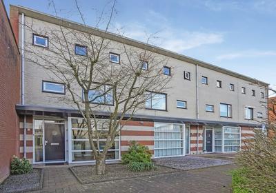 Schout Van Haestrechtsingel 26 in 'S-Hertogenbosch 5237 SH