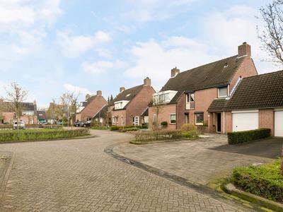 Rotselaar 11 in Oosterhout 4907 LJ