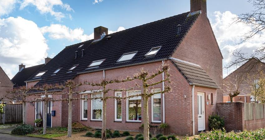 Escudohof 15 in Valkenswaard 5551 DC