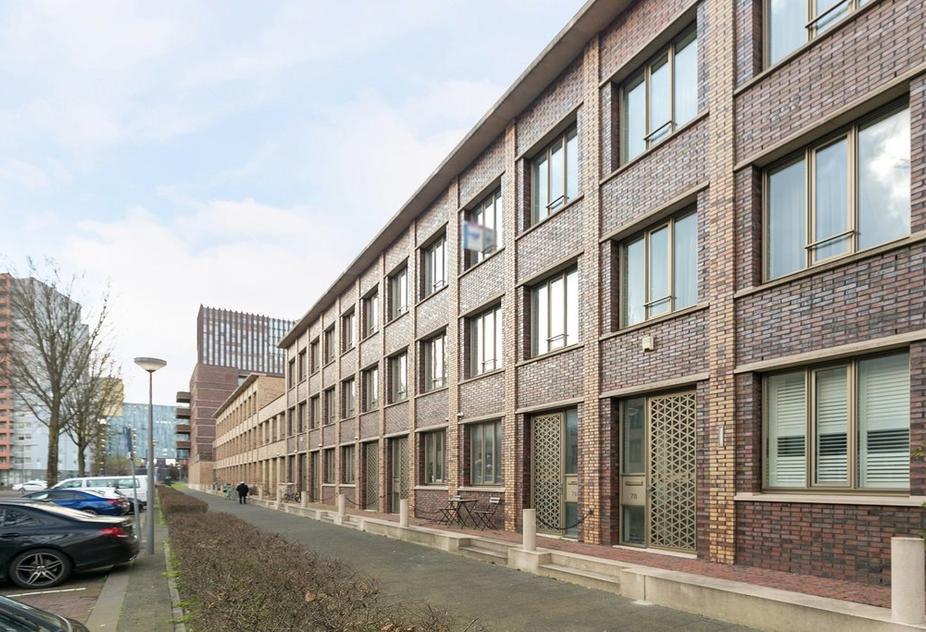 Parallelweg 76 in Rotterdam 3072 KN