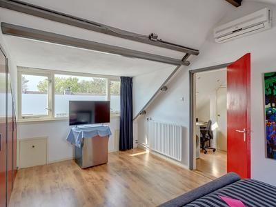 Vivaldihof 81 in Alphen Aan Den Rijn 2402 VE