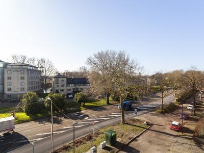 Oude Tiendweg 97 in Krimpen Aan Den IJssel 2921 AM