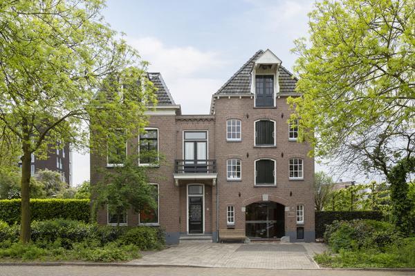 Sluisstraat 8 * in Deventer 7411 EG