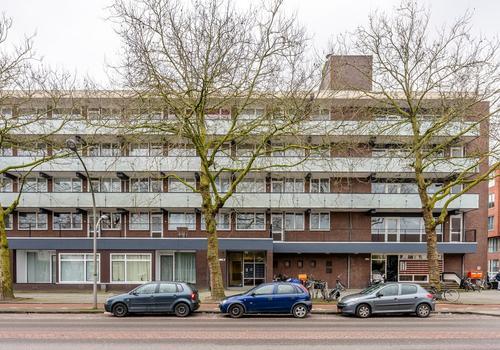 Ruys De Beerenbrouckstraat 47 in Amsterdam 1067 BL