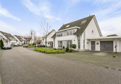 Kalmoesbeek 8 in Helmond 5709 PV