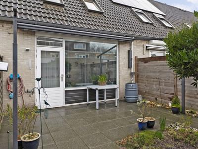 Aalhorst 222 in Alphen Aan Den Rijn 2402 PJ