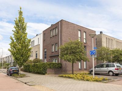 Eendenkooi 37 in Alphen Aan Den Rijn 2408 SJ