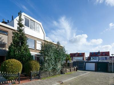 Roodenburgstraat 4 in Hendrik-Ido-Ambacht 3342 VD