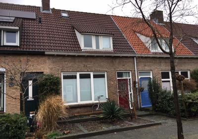 P.C.Hooftstraat 5 in Bergen Op Zoom 4624 HS