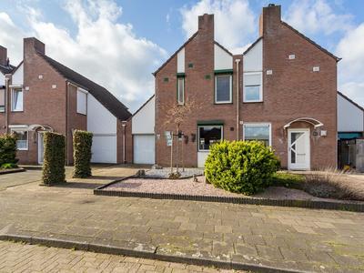 Sterrenbosweg 50 in Reuver 5953 GM