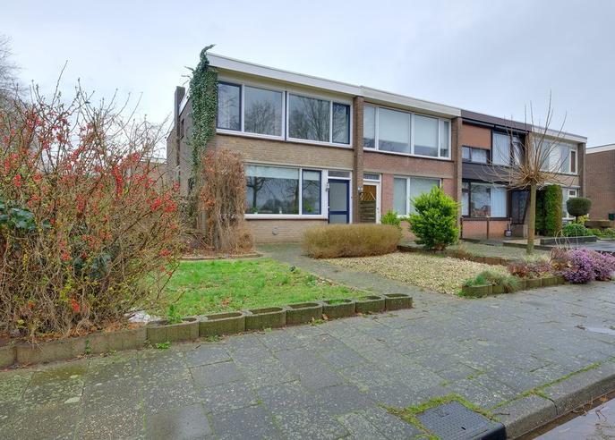 Mesdagstraat 16 in Zevenaar 6901 DL