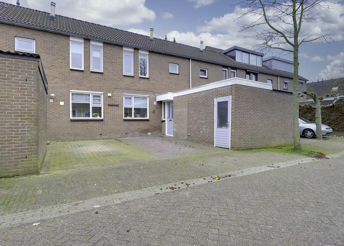 Roodborststraat 8 in Duiven 6921 KH