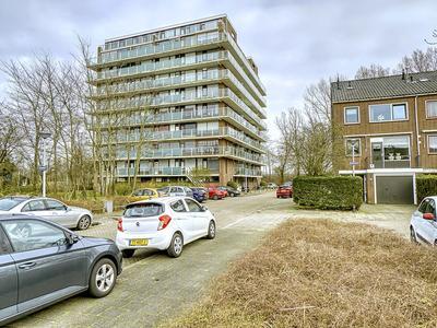 Schouthof 91 in Katwijk 2221 HA
