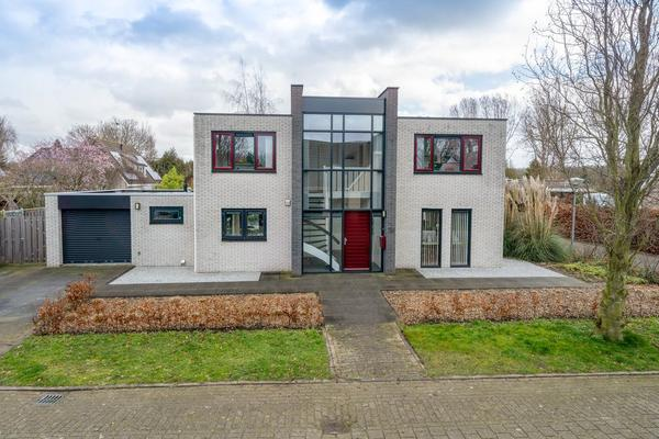 Cobrastraat 12 in Almere 1338 HL