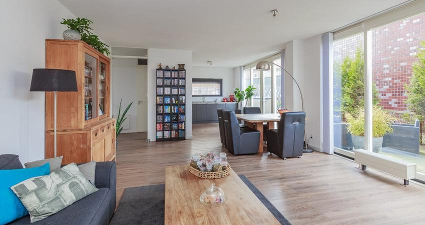 Claes Van Kietenstraat 50 in Spaarndam 2064 XT