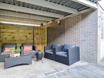Laan Van Meerwijk 24 in Uithoorn 1423 AK