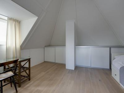 Romanovhof 54 in Dordrecht 3329 BE