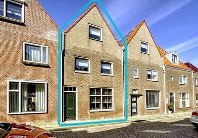 Vuurbaakstraat 7 in Katwijk 2225 HZ
