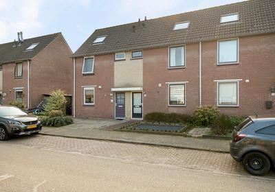 Spinhuisweg 18 in Middelburg 4336 GB