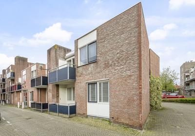 Hooghuisstraat 118 in Bergen Op Zoom 4611 JT