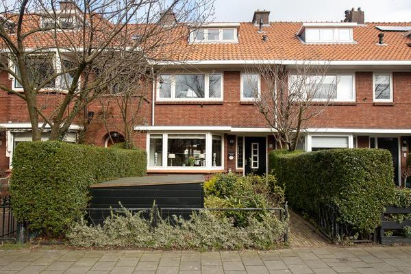 Van Zuylen Van Nijeveltstraat 154 in Wassenaar 2242 AW