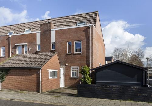 Bereklauw 1 in Kampen 8265 GV