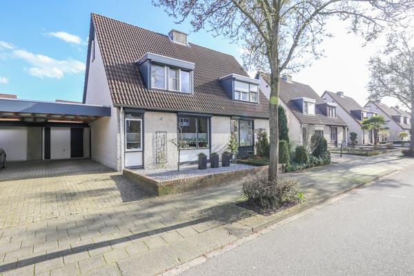 Sterrenbosweg 7 in Reuver 5953 GN