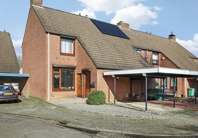 Komeetstraat 1 in Roermond 6043 TE