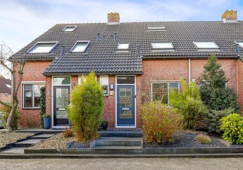 Kloet 7 in Hardinxveld-Giessendam 3371 HL