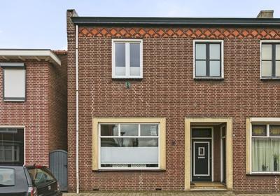 Dorpsstraat 26 in Ossendrecht 4641 HW