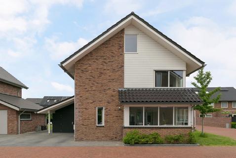 Hoenlostraat 3 in Zwolle 8043 RT