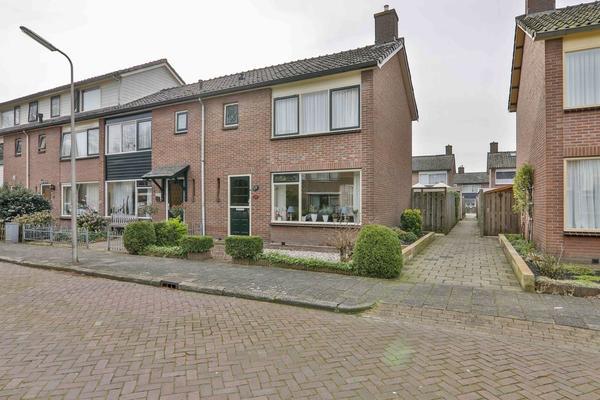 Etstoelstraat 14 in Hoogeveen 7906 CT