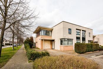 Cissy Van Marxveldtstraat 62 in Almere 1321 JV
