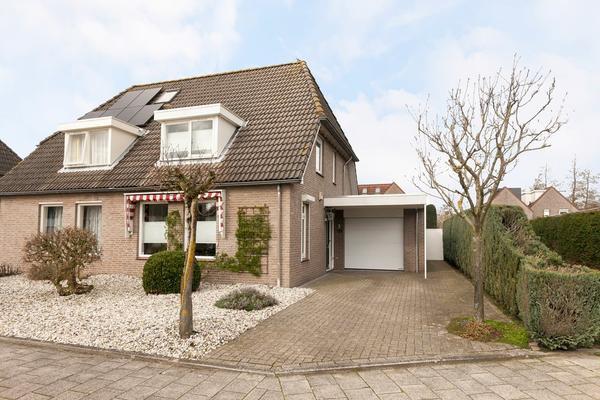 Marga Klompestraat 7 in Waalwijk 5142 MC