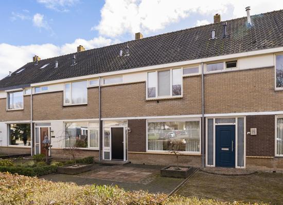 Zeestraat 117 in Zevenbergen 4761 HJ