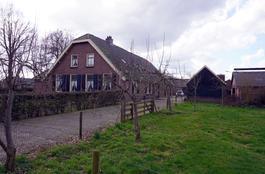 Mgr. Van De Weteringstraat 52 54 in Hoogland 3828 PH