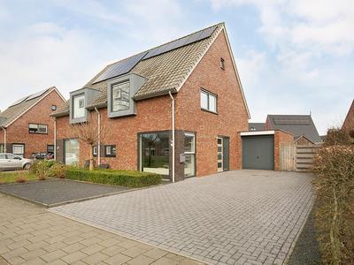 Doede Van Amsweerlaan 11 in Appingedam 9902 KK