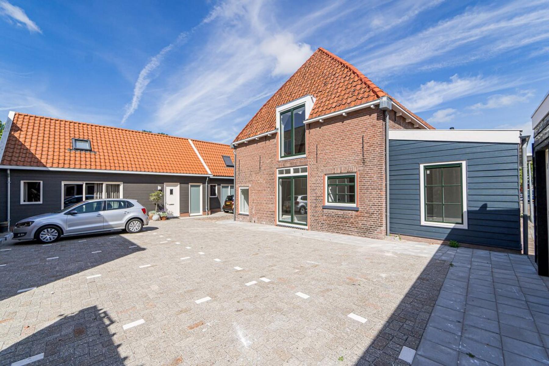 Meeuwenplein (Parkeerplaats) in Kampen 8261 WB