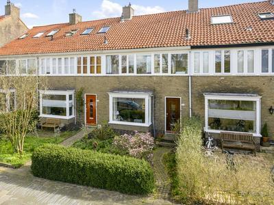 Bachkade 11 in Groningen 9722 BV