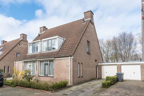 Troubadour 142 in Amstelveen 1188 DB