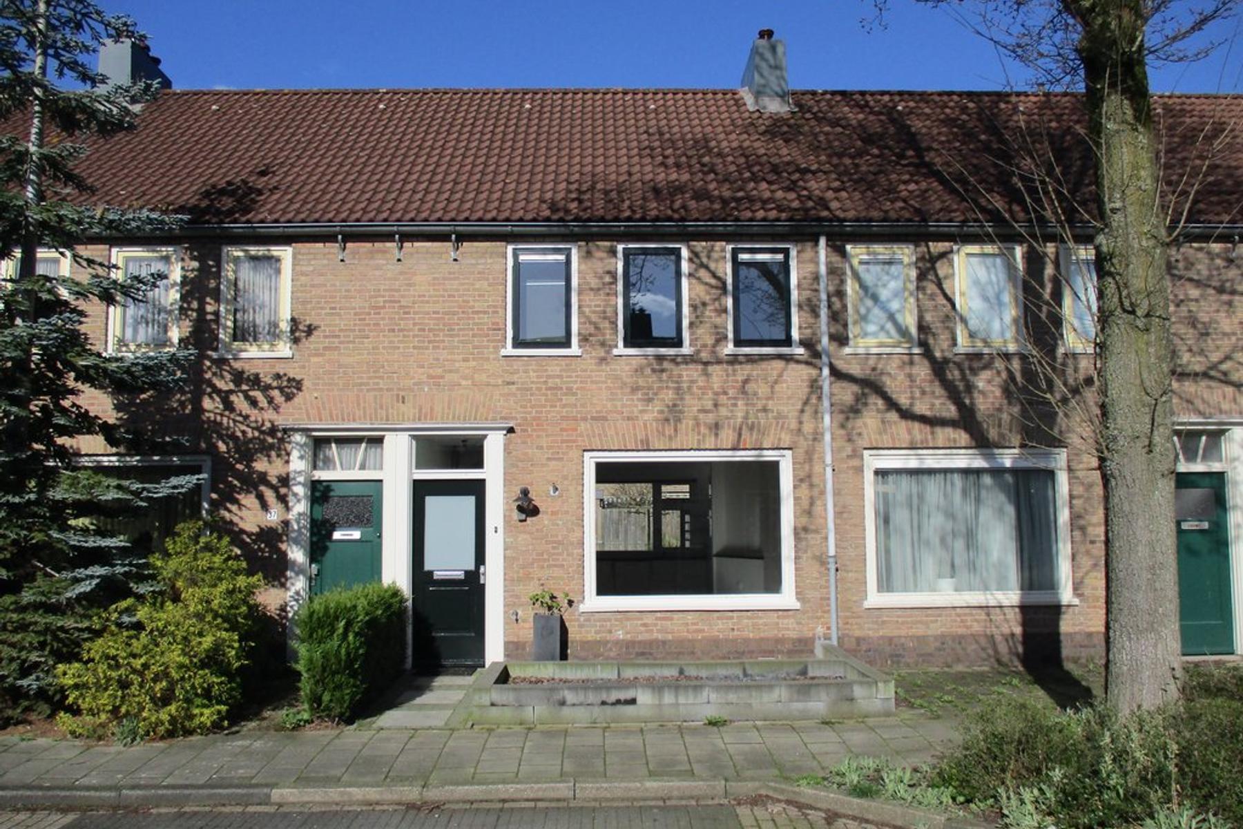 Heer Arnoldstraat 39 in IJsselstein 3401 ZB