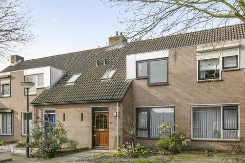 Prinses Margrietstraat 2 in Rosmalen 5246 XS