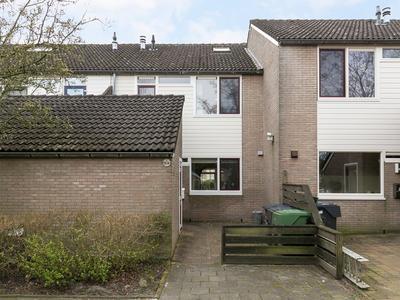 Keizerskroon 10 in Leeuwarden 8935 LV