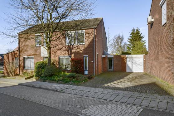 Schimmelpenninckstraat 53 in Heerlen 6415 GH
